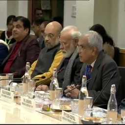 india economic prime minister narendra modi discussion with higher officers