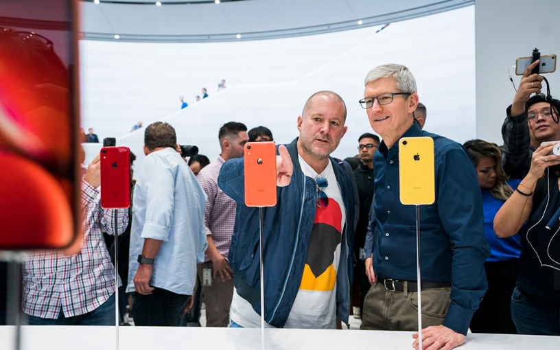 APPLE COMPANY PRODUCT DESIGNER JONY IVE RESIGN SHOCK APPLE COMPANY
