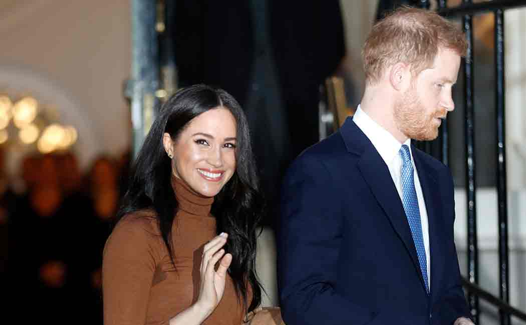 harry and meghan leaves royal family