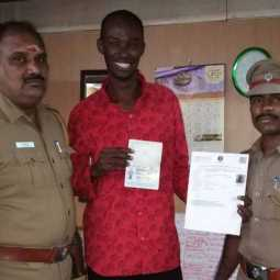 Chennai Police Commissioner helped mohamad mustafa to return his native place