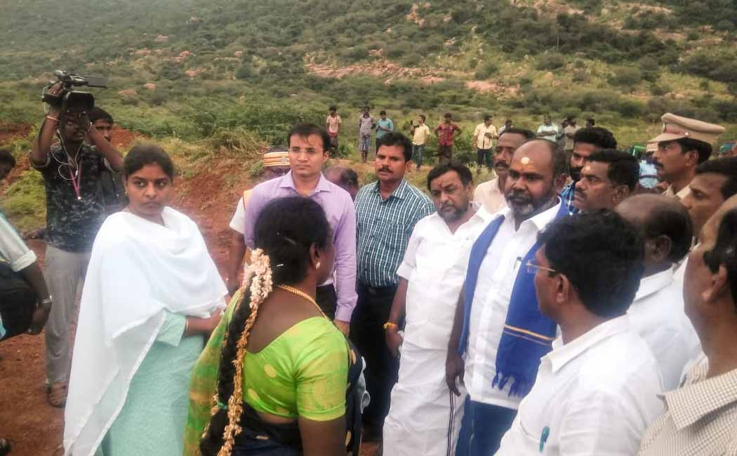 Canal breakage renovation work minister inspection theni district