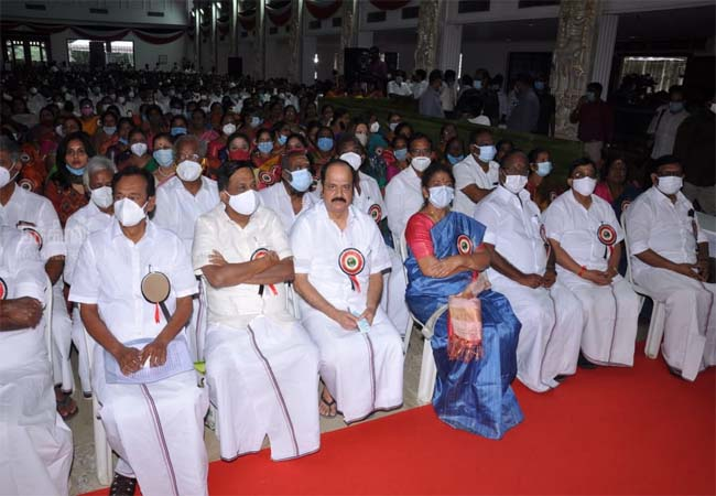 admk meeting chennai eps and ops tn assembly election