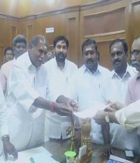 puducherry assembly speaker sivakkolundhu support in congress, opp parties summit letter in floor test