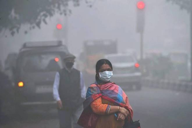 Not enough air to breathe ... air pollution touches to 900