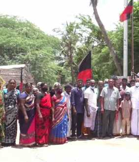 Thiruvarur volunteers celebrate Stalin's victory