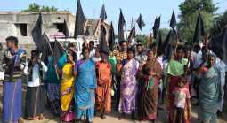 We do not want to  kallakurichy... we need vilupuram.. people protest