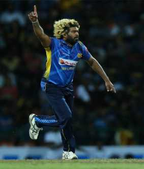 sri lanka vs New Zealand t 20 cricket match srilanka bowler Lasith Malinga hat trick reocord