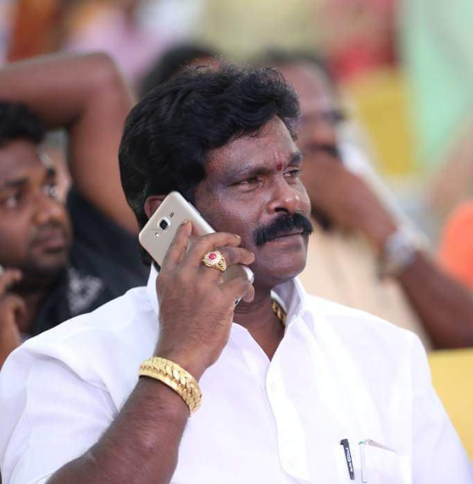 A letter threatening to AIADMK city secretary in ambur?