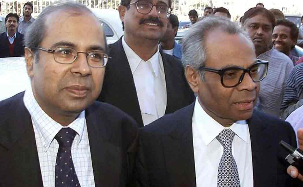 hinduja brothers top britains wealthiest person list