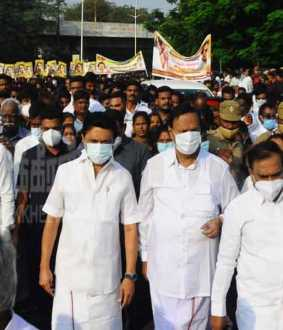 Peace rally on behalf of DMK on Anna Memorial Day (Pictures)