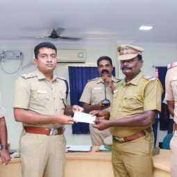 Prize in appreciation of the work of the policemen monthly   District COMMISSIONER of Police