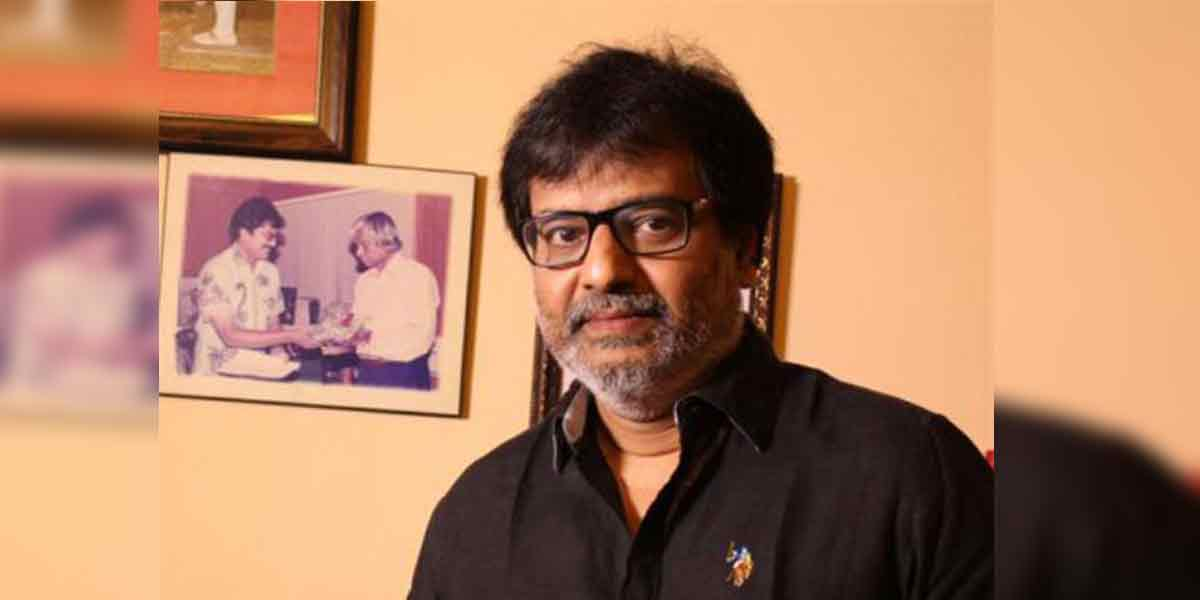 actor vivek admitted at hospital eps and ops tweets