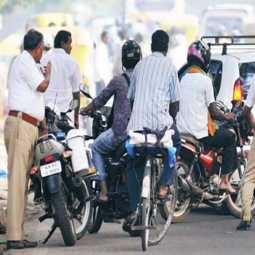 tamilnadu Case filed against 1.18 lakh people for not wearing helmet dgp office