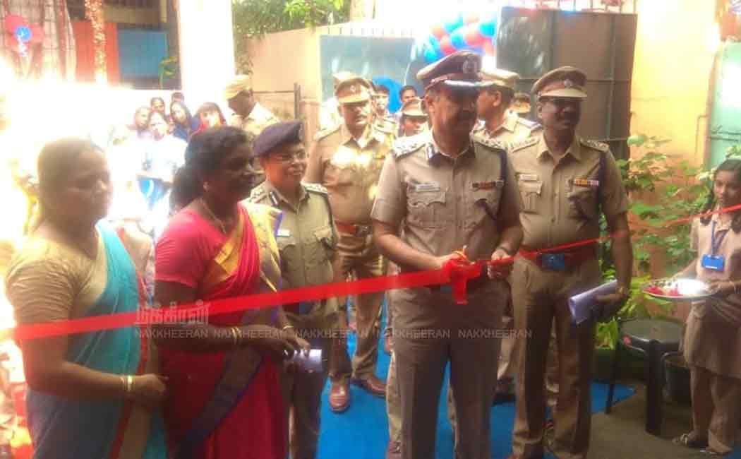 puliyanthope police officers adopt school