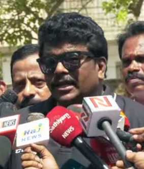 actor Parthiepan speech about election