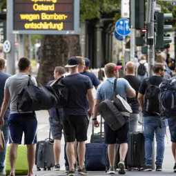 16,000 german people evacuated from frankfurt