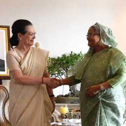 Congress leaders meet Bangladesh PRIME MINISTER (Pictures)