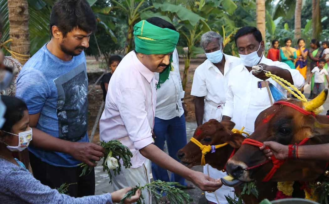 DMK Stalin celebrates Pongal with his family