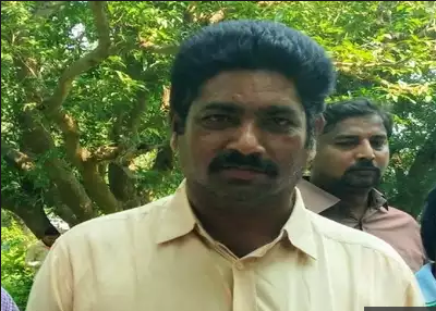 telangana trs party leader srinivasa rao moists kidnapping and incident