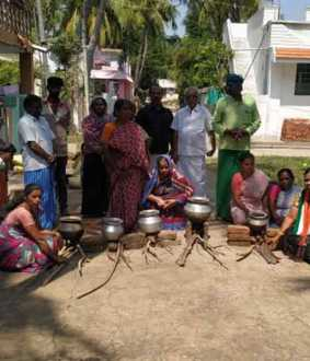 Cylinder price rise; Women cook in firewood oven !