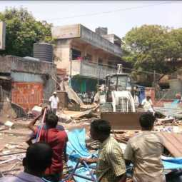 illegal shops demolished in pudhuchery