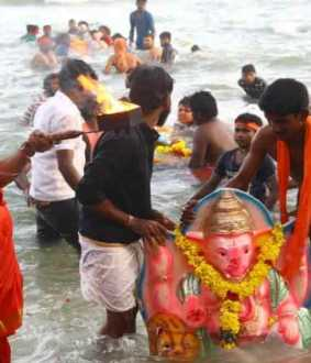 Lord Ganesha  statue in Kumari melted down at sea!