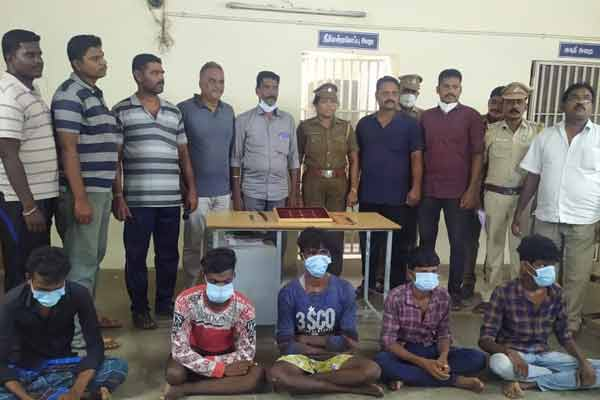 Serial Temple fund and asset thieves ! Five arrested!