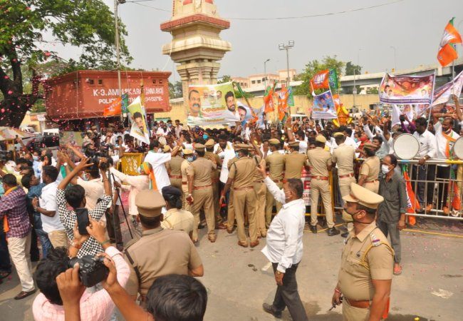 vel yathirai bjp leaders chennai police arrested