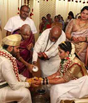 Nikhil Kumarswamy marriage amid corona lockdown