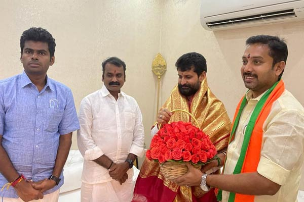 admk senhilnathan joined in bjp