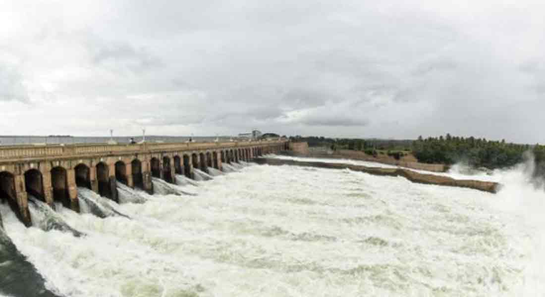 The water opening in the Kaveri rises to 8500 cubic feet