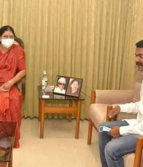 Sasikala meets seeman will seeman join with kamalhasan