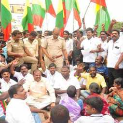 In demanding the declaration of Vadalur as a holy city  Tamil Nadu activists arrested