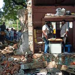 dindigul lawyer office demolished
