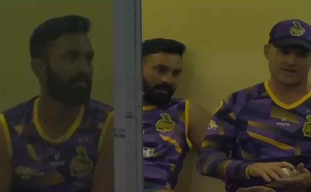 dinesh karthik controversy
