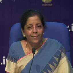 HOME LOAN AND VEHICLE LOAN INTEREST REDUCE UNION FININANCE MINISTER NIRMALA SITHARAMAN ANNOUNCED