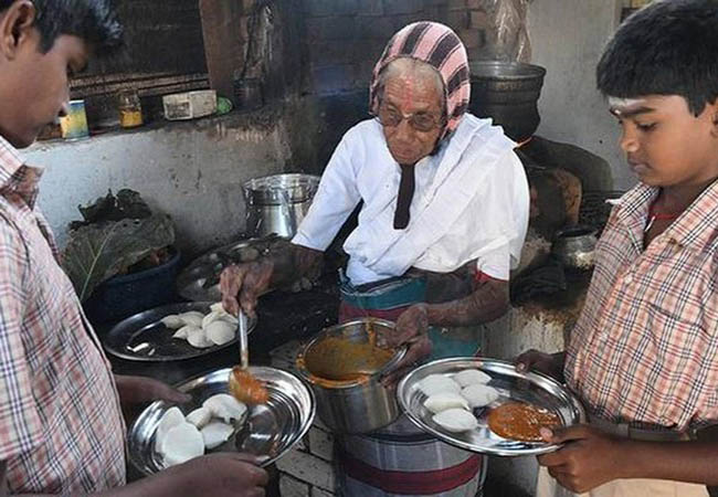 COIMBATORE GRANDMOTHER OWN COOKING RUN FOOD SHOP  ONE IDLY ONE RS