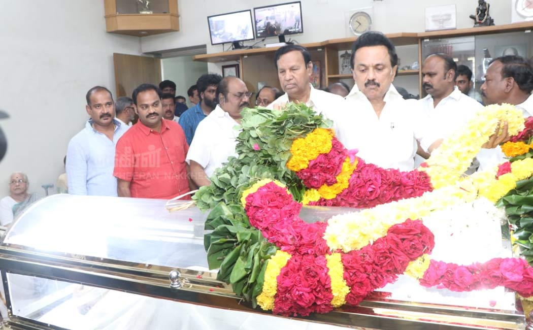 Stalin paid tribute to DN Chashan's body