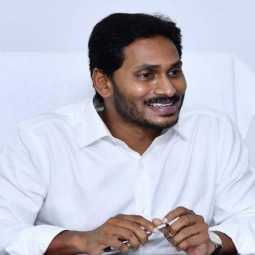 andhra pradesh cm jaganmohan reddy take action in srinivasa gandhi home and office cbi raid