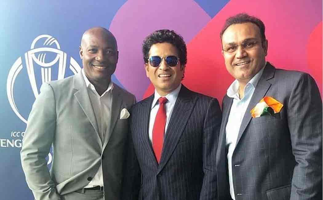 brian lara admitted in mumbai hospital due to chest pain