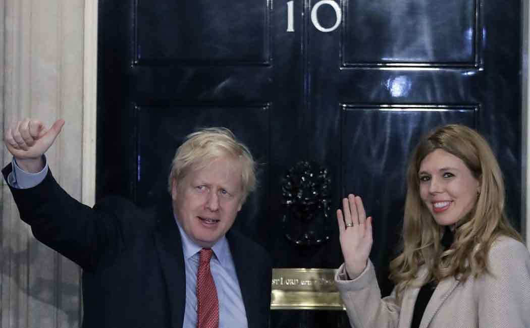 boris johnson engaged with Carrie Symonds