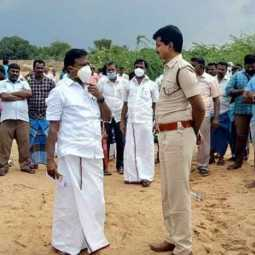 Opposition to open sand quarry! DMK MLA leads river villagers on ground