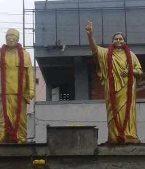 tiruvarur district mgr and jayalalithaa statues opening for midnight