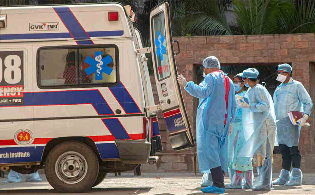 Bhopal hospital dumps coronavirus patient body on road