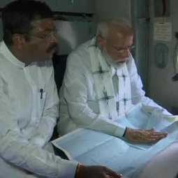 narendra modi visits cyclone affected areas in odisha
