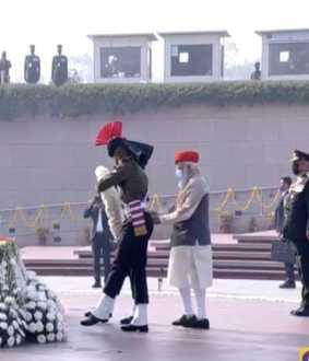 republic day pm narendra modi india gate