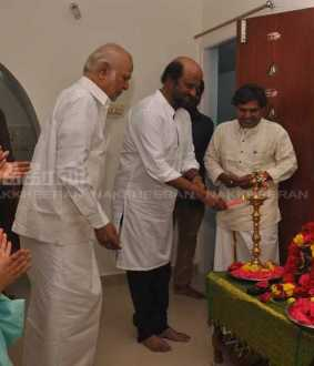 WRITER DIRECTOR KALAIGNANAM ACTOR RAJINI KANTH PROVIDE HOME AT CHENNAI TODAY FUNCTION