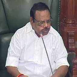 ops along with admk party 11 mlas notices issued speaker