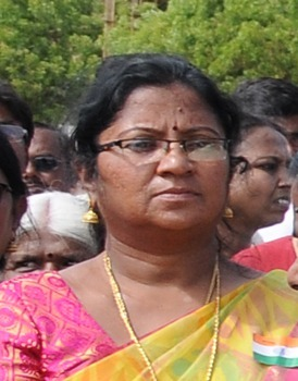 Who is responsible for the suspension of Karur girl Dasildar?