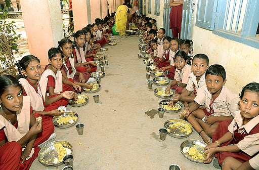 Students of Chennai School who are converted into Nirmala Sitharamans